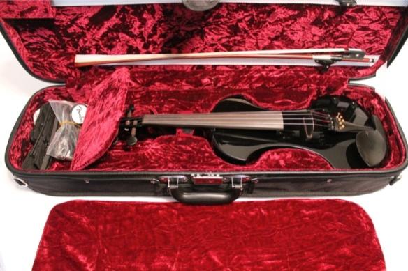 EV-Fender-FV1-ElectricViolin-case&violin